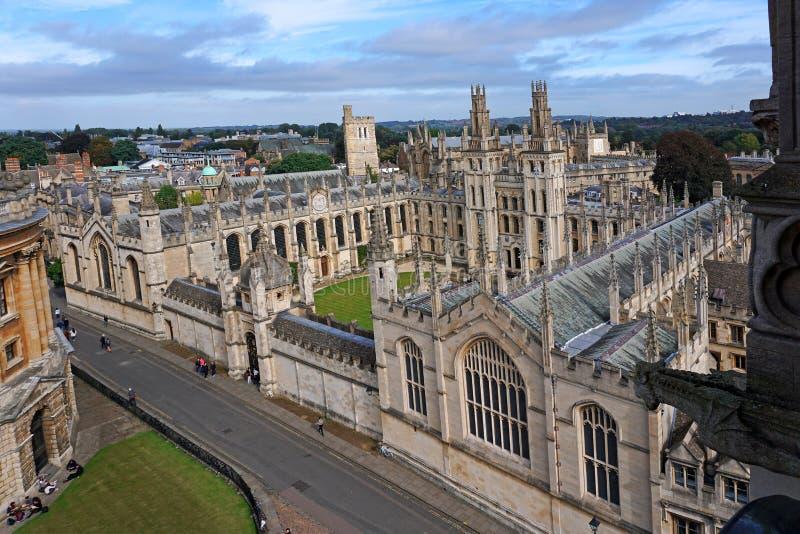 Πανεπιστήμιο της Οξφόρδης άνωθεν στοκ φωτογραφία
