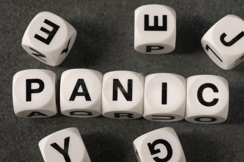 Πανικός λέξης στους κύβους παιχνιδιών στοκ εικόνες