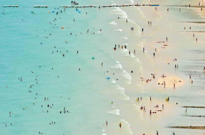 Πανοραμικές όψη και δραστηριότητα στην παραλία στοκ φωτογραφίες