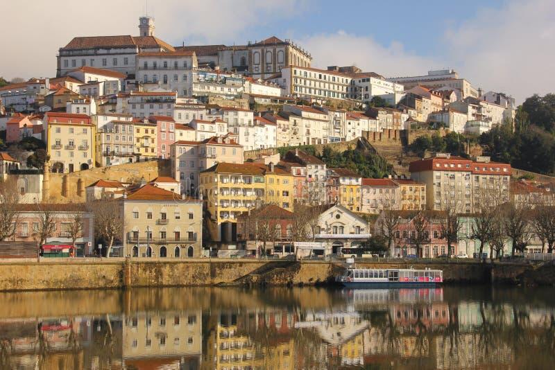 Πανοραμική άποψη και ποταμός Mondego Κοΐμπρα Πορτογαλία στοκ φωτογραφία