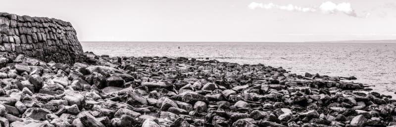 Πανοραμική άποψη πέρα από τον κόλπο Dorset Αγγλία Kimmeridge στοκ εικόνα με δικαίωμα ελεύθερης χρήσης
