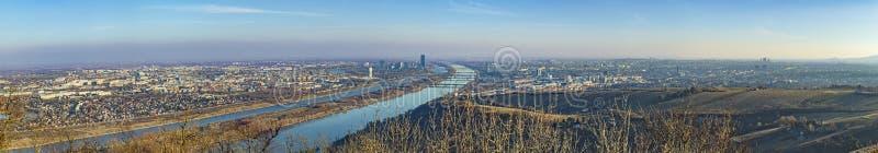 Πανοραμική άποψη στον ορίζοντα της Βιέννης στοκ φωτογραφίες