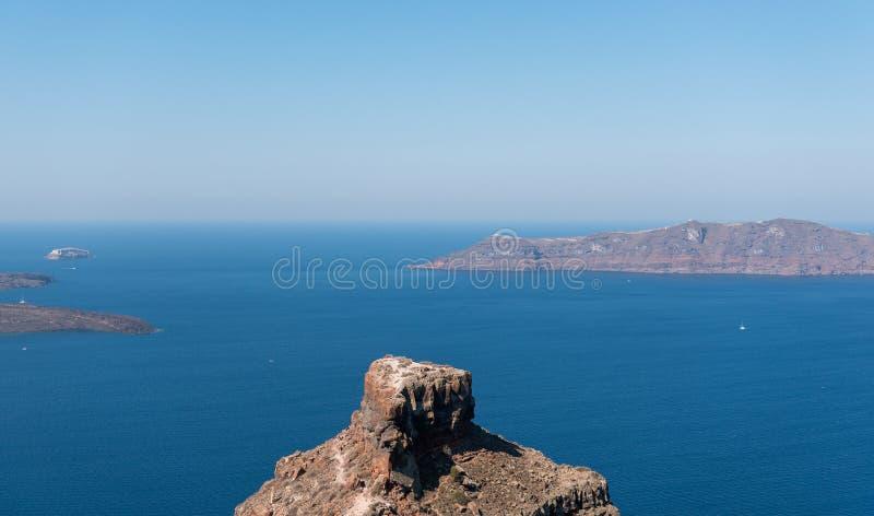 Πανοραμική άποψη σχετικά με ηφαιστειακό caldera του νησιού Santorini, Ελλάδα στοκ φωτογραφίες με δικαίωμα ελεύθερης χρήσης