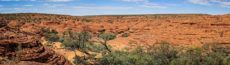 Πανοραμική άποψη σχετικά με το φαράγγι του εντυπωσιακού βασιλιά, Βόρεια Περιοχή, Αυστραλία στοκ εικόνες