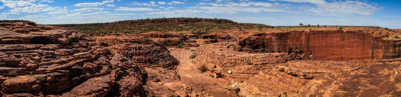 Πανοραμική άποψη σχετικά με το φαράγγι του εντυπωσιακού βασιλιά, Βόρεια Περιοχή, Αυστραλία στοκ φωτογραφία