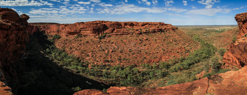 Πανοραμική άποψη σχετικά με το φαράγγι του εντυπωσιακού βασιλιά, Βόρεια Περιοχή, Αυστραλία στοκ φωτογραφίες με δικαίωμα ελεύθερης χρήσης