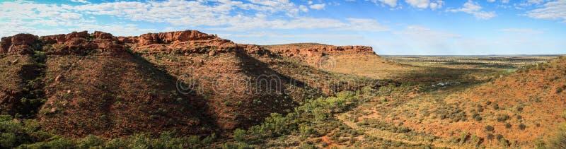 Πανοραμική άποψη σχετικά με το φαράγγι του εντυπωσιακού βασιλιά, Βόρεια Περιοχή, Αυστραλία στοκ φωτογραφία με δικαίωμα ελεύθερης χρήσης