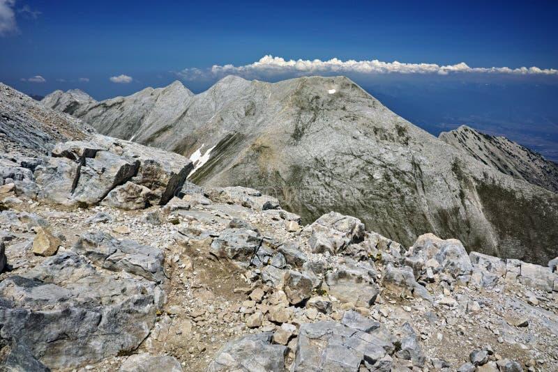 Πανοραμική άποψη της αιχμής Koncheto και Kutelo, βουνό Pirin στοκ φωτογραφία