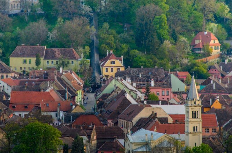 Πανοραμική άποψη της πόλης Sighisoara, Τρανσυλβανία, νομός Mures, Ρουμανία στοκ εικόνα