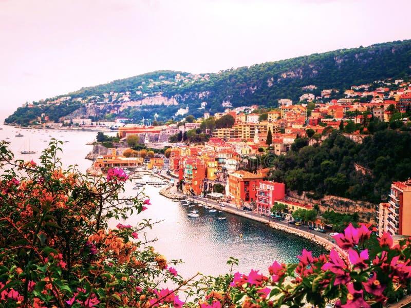 Πανοραμική άποψη του γαλλικού Riviera κοντά στην πόλη του Villefranche-sur-Mer, γαλλικό Riviera, Γαλλία στοκ εικόνα με δικαίωμα ελεύθερης χρήσης