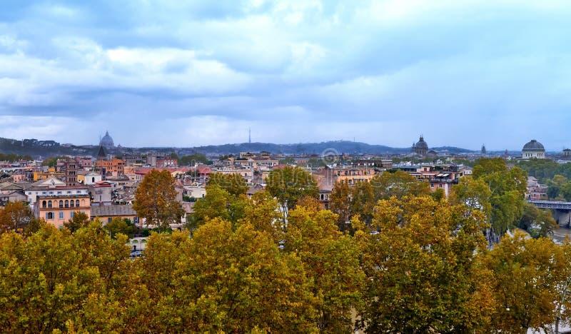 Πανοραμική άποψη του ιστορικού κέντρου της Ρώμης στοκ φωτογραφίες με δικαίωμα ελεύθερης χρήσης