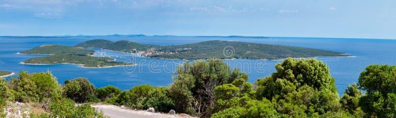 Πανοραμική άποψη του νησιού Ilovik στοκ εικόνες