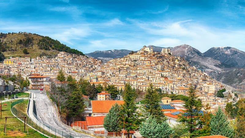 Πανοραμική άποψη Morano Calabro στοκ φωτογραφία
