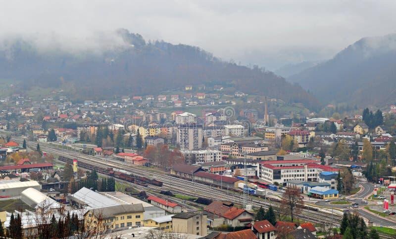 Πανοραμική άποψη Sevnica, Σλοβενία, πόλη παιδικής ηλικίας της Melania Trump στοκ φωτογραφία