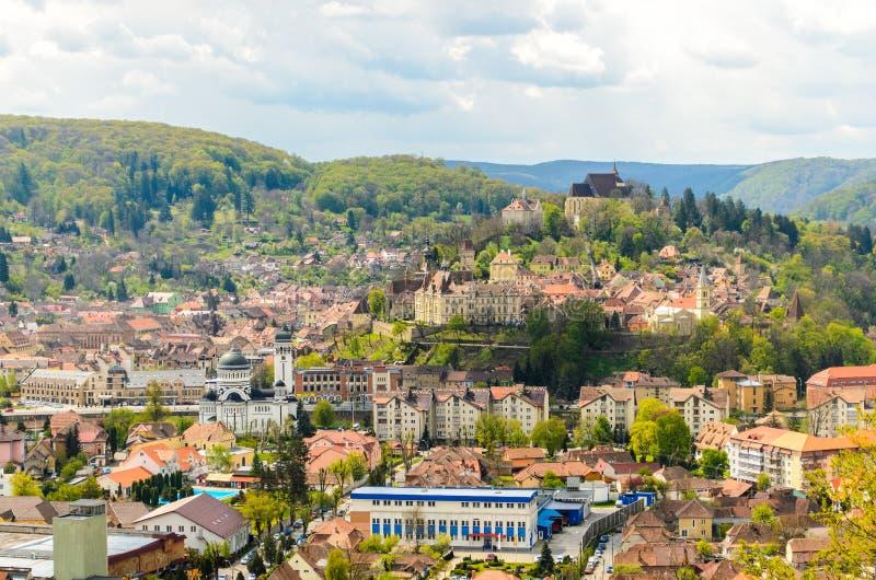 Πανοραμική άποψη Sighisoara, μεσαιωνική πόλη της Τρανσυλβανίας, Ρουμανία, Ευρώπη στοκ φωτογραφίες