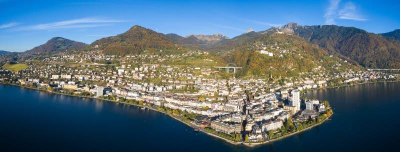 Πανοραμική εναέρια άποψη της προκυμαίας του Μοντρέ, Ελβετία στοκ φωτογραφία με δικαίωμα ελεύθερης χρήσης