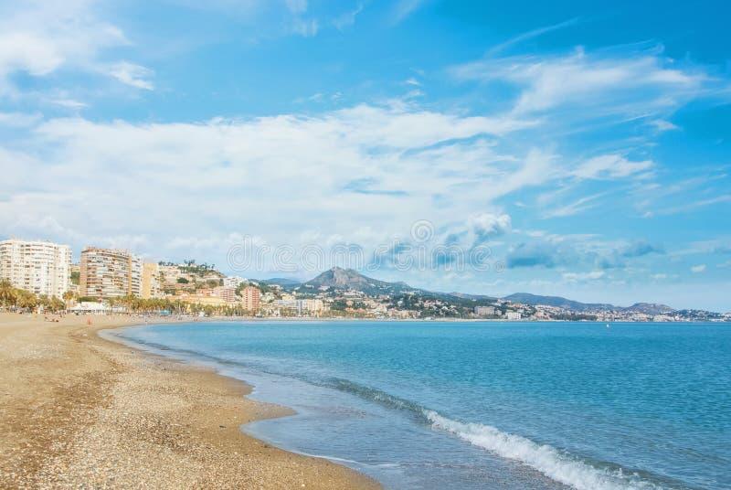 Πανοραμική εναέρια τοπ άποψη στην πόλη της Μάλαγας και την παραλία Λα Malagueta, στοκ φωτογραφία με δικαίωμα ελεύθερης χρήσης