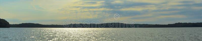 Πανοραμική λίμνη 1 ιερέων Percy ακτών στοκ εικόνα