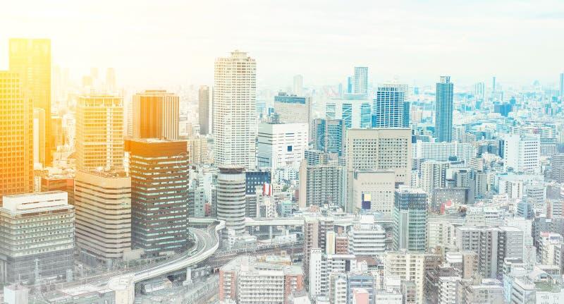 Πανοραμική σύγχρονη εικονική παράσταση πόλης που χτίζει την εναέρια άποψη συρμένη απεικόνιση σκίτσων μιγμάτων της Οζάκα, Ιαπωνία  απεικόνιση αποθεμάτων
