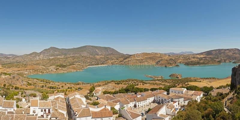 Πανοραμική φωτογραφία τοπίων της οροσειράς de Grazalema. στοκ φωτογραφία