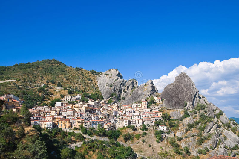 Πανοραμική όψη Castelmezzano. Βασιλικάτα. Ιταλία στοκ εικόνα με δικαίωμα ελεύθερης χρήσης