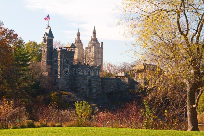 Πανοραμικός πυργίσκος Castle στο Central Park κατά τη διάρκεια του φθινοπώρου στοκ εικόνες