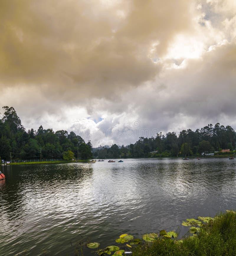 Πανόραμα λιμνών Kodaikanal (πριγκήπισσα των σταθμών Hill), Tamil Nadu στοκ φωτογραφίες