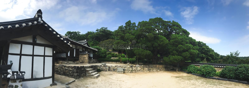 πανόραμα Παλαιό ασιατικό σπίτι στο παραδοσιακό κορεατικό χωριό 30 μεταβαλλόμενος νότος της Κορέας PAL s Σεούλ βασιλιάδων Ιουλίου  στοκ εικόνες
