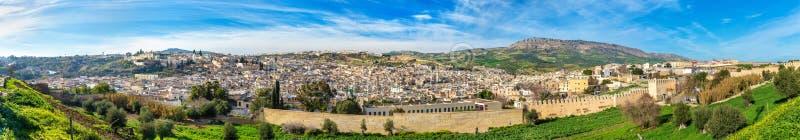 Πανόραμα παλαιού Medina σε Fes, Μαρόκο, Αφρική στοκ εικόνα