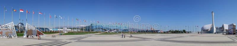 Πανόραμα που αγνοεί τον τοίχο των πρωτοπόρων των αγώνων ΧΧΙΙ ολυμπιακών και Paralympic, το παλάτι πατινάζ παγόβουνων, το στάδιο F στοκ φωτογραφία με δικαίωμα ελεύθερης χρήσης