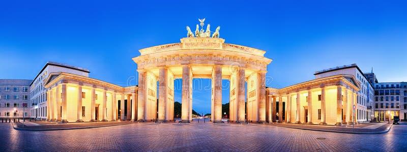 Πανόραμα πυλών του Βραδεμβούργου σκαπανών Brandenburger, διάσημο ορόσημο ι στοκ φωτογραφίες
