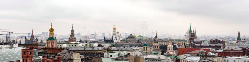 Πανόραμα στο κέντρο της Μόσχας από το κεντρικό παιδικό κατάστημα παιχνιδιών 2 στοκ εικόνα με δικαίωμα ελεύθερης χρήσης