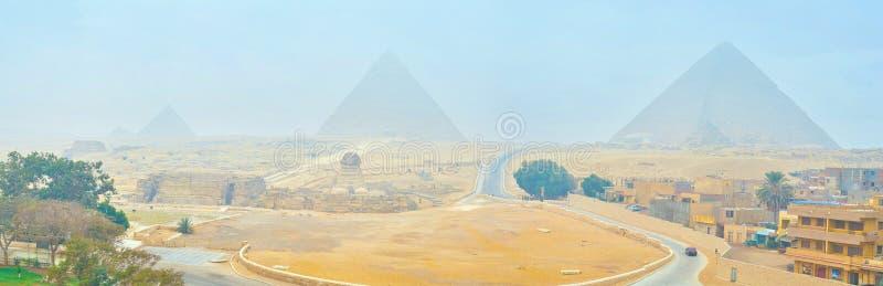 Πανόραμα της αρχαιολογικής περιοχής Giza, Αίγυπτος στοκ εικόνες