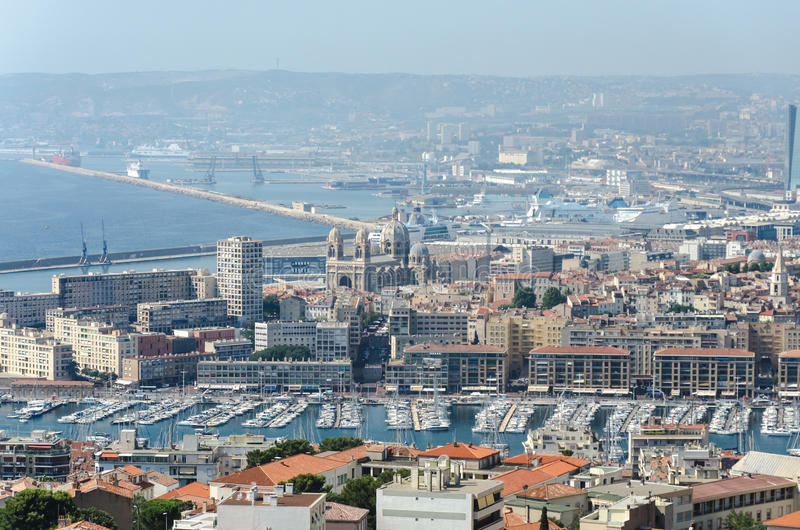 Πανόραμα της θαυμάσιας πόλης της Μασσαλίας, νότος της Γαλλίας στοκ εικόνα