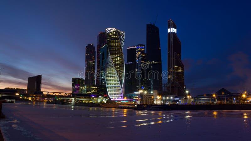 Πανόραμα της Μόσχας στο ηλιοβασίλεμα Χειμώνας Μόσχα Ρωσία Πανόραμα που γίνεται από τις πολλαπλάσιες φωτογραφίες στοκ φωτογραφίες