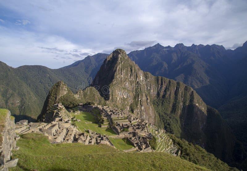 Πανόραμα της πανοραμικής άποψης Machu Picchu ή Machu Pikchu στο Περού στοκ φωτογραφία
