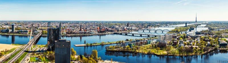 Πανόραμα της πόλης της Ρήγας στοκ φωτογραφίες