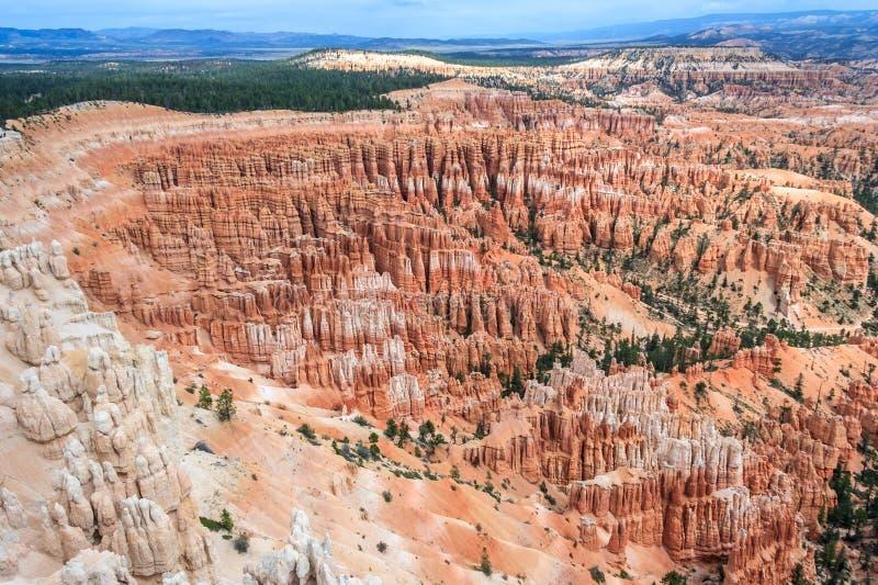 Πανόραμα του εθνικού πάρκου Γιούτα ΗΠΑ φαραγγιών του Bryce στοκ φωτογραφία με δικαίωμα ελεύθερης χρήσης
