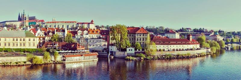 Πανόραμα του ιστορικού κέντρου της Πράγας:  Gradchany (Κάστρο της Πράγας στοκ εικόνες με δικαίωμα ελεύθερης χρήσης