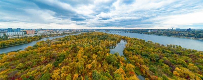 Πανόραμα του Κιέβου από ύψος στοκ εικόνες