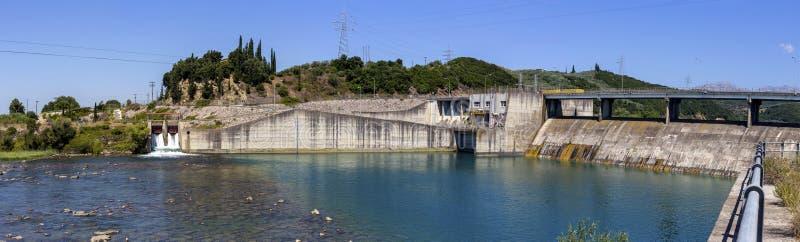 Πανόραμα του φράγματος στον ποταμό στοκ φωτογραφίες