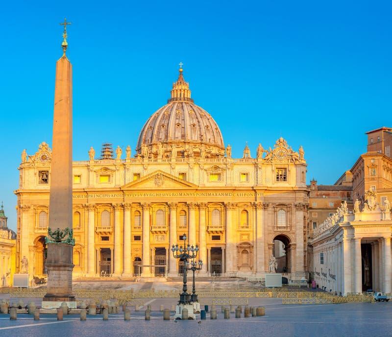 Πανόραμα του ST Peter στην ανατολή, Βατικανό στοκ εικόνες με δικαίωμα ελεύθερης χρήσης