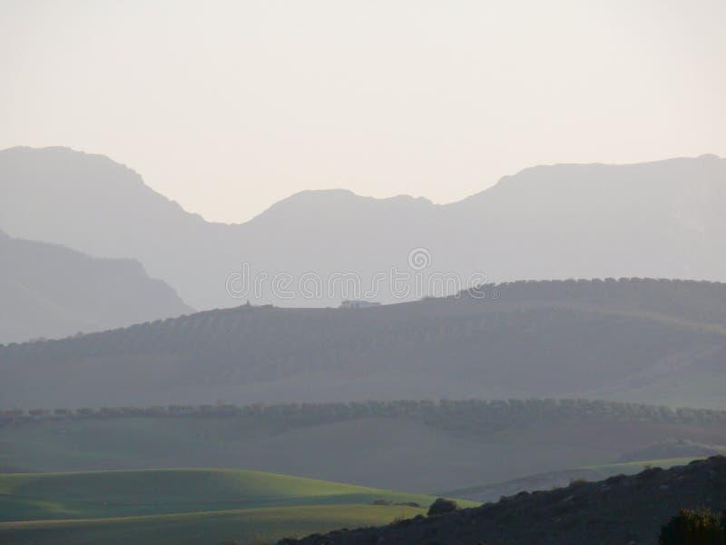 Πανόραμα των βουνών και των κοιλάδων κοντά στη Ronda, Ισπανία στοκ φωτογραφία με δικαίωμα ελεύθερης χρήσης