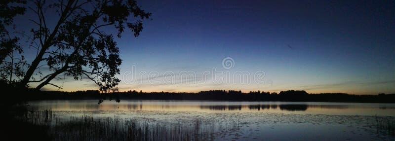 Πανόραμα Φινλανδία Σκανδιναβία νύχτας θερινού ηλιοστάσιου στοκ φωτογραφίες