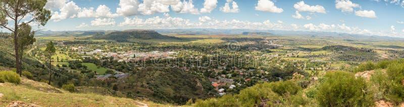Πανόραμα Ficksburg στη Νότια Αφρική και Maputsoe στο Λεσόθο στοκ εικόνες