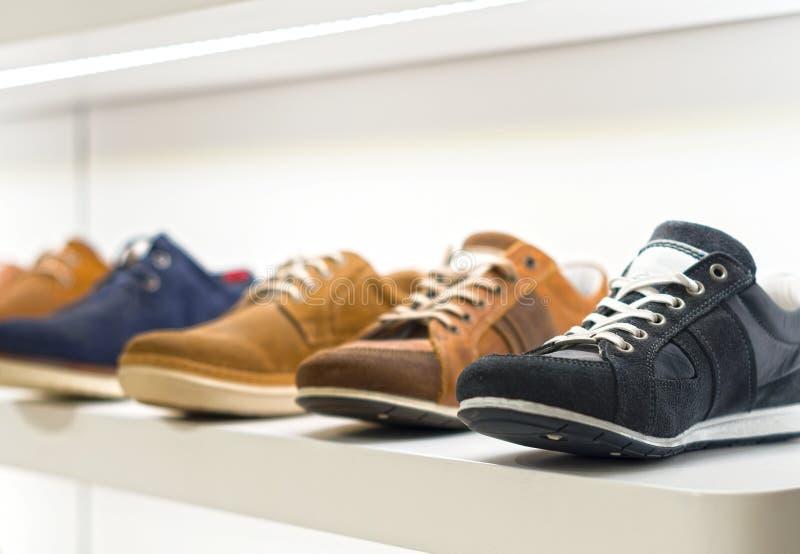 Παπούτσια ατόμων στοκ εικόνες με δικαίωμα ελεύθερης χρήσης
