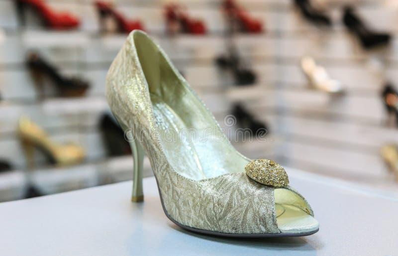 Παπούτσια πολυτέλειας γυναικών στοκ φωτογραφία