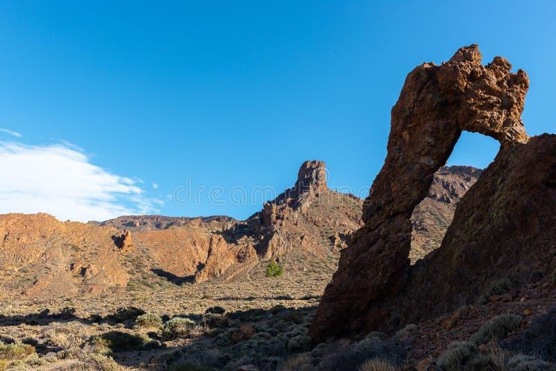 Παπούτσι της βασίλισσας, διάσημος σχηματισμός βράχου στο εθνικό πάρκο Teide, Tenerife νησί, Ισπανία στοκ εικόνα με δικαίωμα ελεύθερης χρήσης