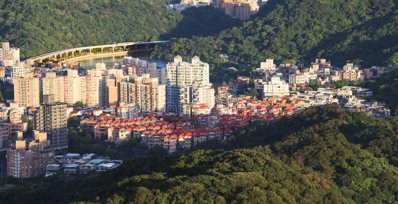 Παράβλεψη της άποψης της πόλης της Ταϊπέι στοκ φωτογραφίες