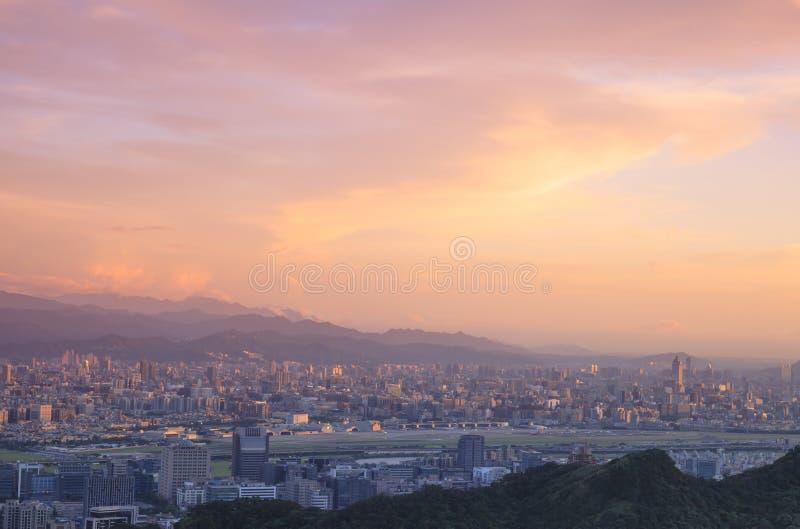 Παράβλεψη της άποψης της πόλης της Ταϊπέι στοκ εικόνες με δικαίωμα ελεύθερης χρήσης